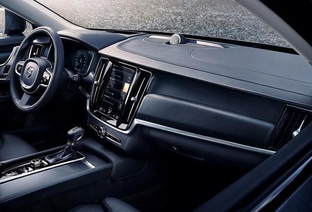 沃尔沃V90 CC上海车展上市 预售49-58万元