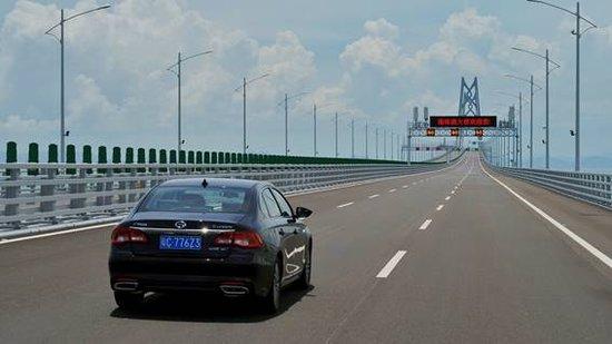 """港珠澳大桥通车运营,广汽传祺作为首批""""乘客""""见证大国崛起"""