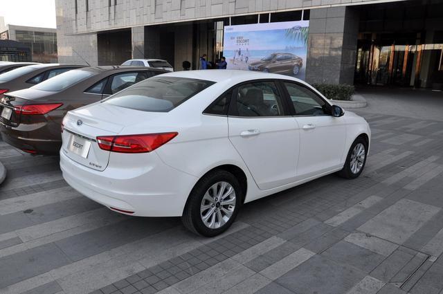 长安福特全新福睿斯外观-2015上半年热销紧凑级轿车推荐 新款已上位
