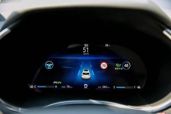 老司机齐聚羊城挑战最美公路,开启自动驾驶新篇章