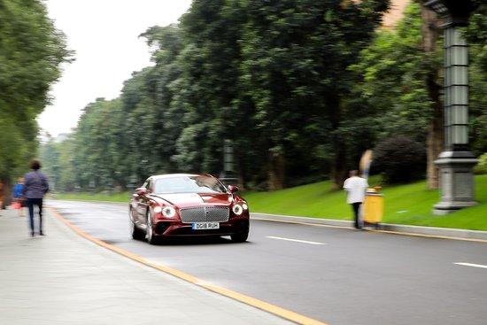 活动回顾丨全新宾利欧陆 GT驾控体验会圆满落幕