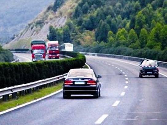 当车速超过100km/h时 车上哪些功能会失效