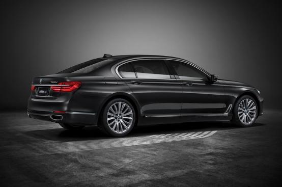 BMW 7系,让创想不再止步于想。