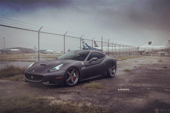 Ferrari California换新轮毂
