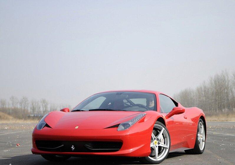 法拉利458 Italia高清实拍