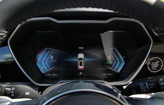 时尚豪华科技座驾 腾讯汽车评测众泰T700 1.8T
