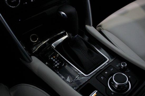 颜值轿跑SUV 腾讯汽车实拍一汽马自达CX-4