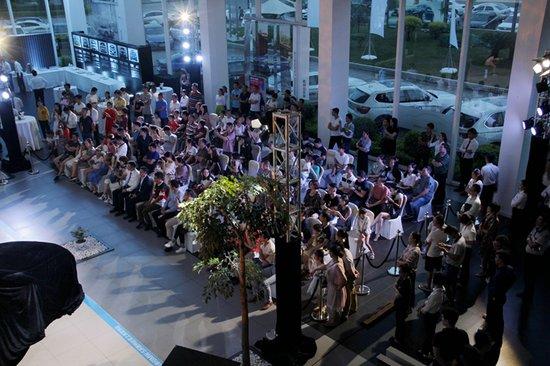 与坚持梦想者同行全新BMW5系Li惠州上市发布会