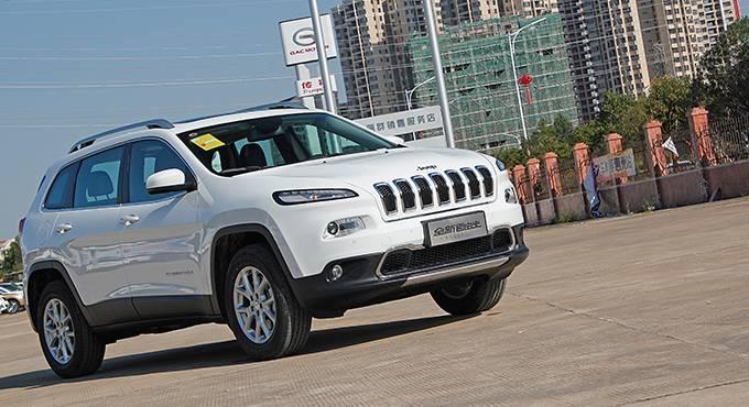 腾讯汽车十二月SUV星级推荐—国产Jeep自由光