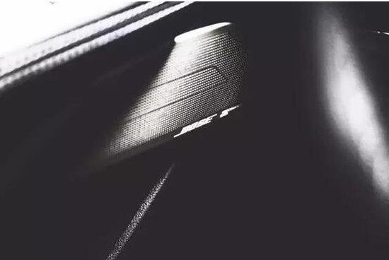 元旦彩蛋 | 豪华运动双门桥跑 全新Q60现车已到店,欢迎到店品鉴