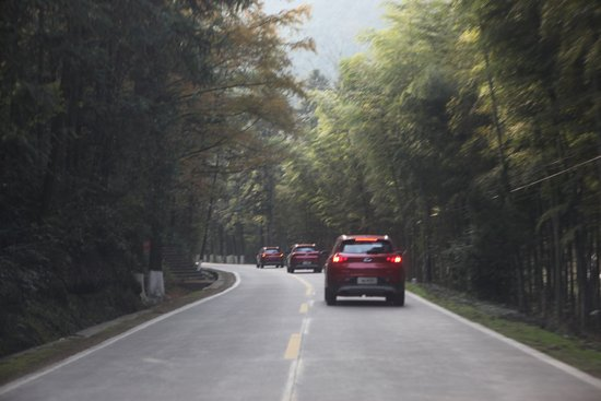 10万元无出其右,瑞虎7长途深度道路试驾体验