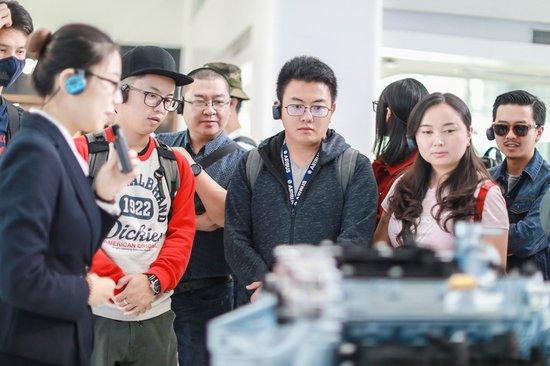 """走进吉利汽车研发中心 见证""""中国质造""""的实力与信心"""