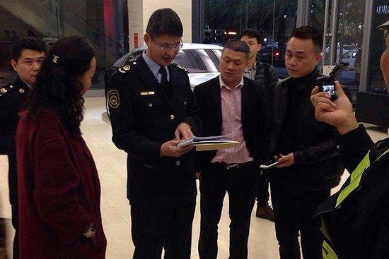 深圳上演突袭式限购 车市需求恐被压缩八成