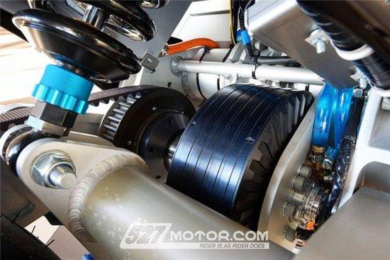 荷兰学生研发电动概念摩托车:续航380,极速16