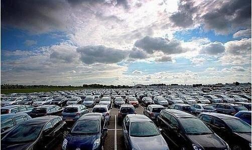商务部:汽车成去年消费市场最大亮点