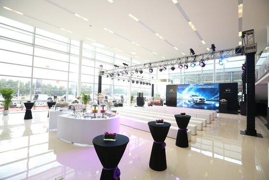 英菲尼迪q50l,风尚运动型suv英菲尼迪qx50,商务舱级豪华七座高清图片