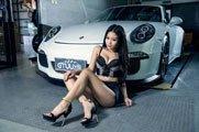 朵朵与暴力男保时捷911 GT3独处