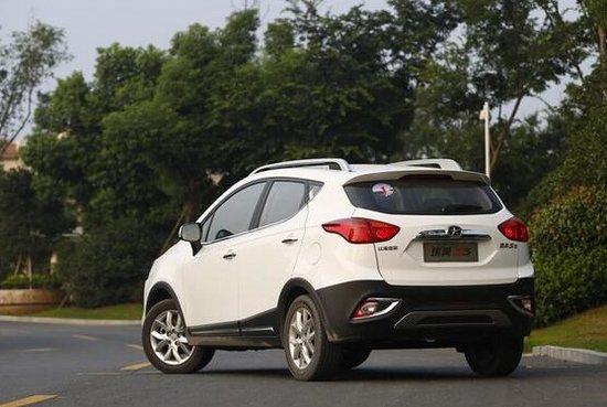 10万元靓丽小型SUV推荐 大空间高配置