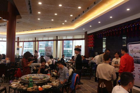 青春时尚 南国绽放-起亚新一代K2火爆登陆南宁