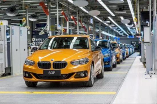 全新BMW 1系运动轿车已下线 欢迎入手