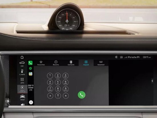 CarPlay@Macan 限时特价,让开车时光更有趣