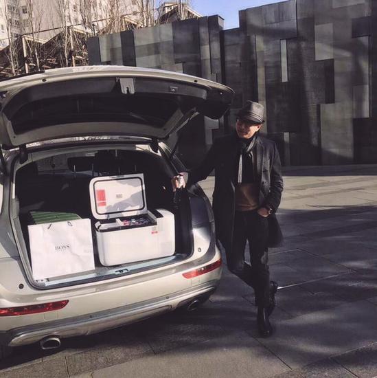 在春节返乡季,带上英得尔车载冰箱,尽显大城市的生活范儿