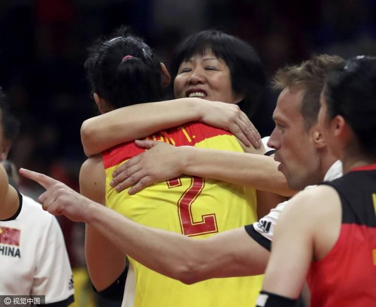 有一种胜利叫我们!中华V3伴女排时隔12年奥运夺冠