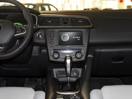 科雷嘉平价销售16.38万起 可试乘试驾