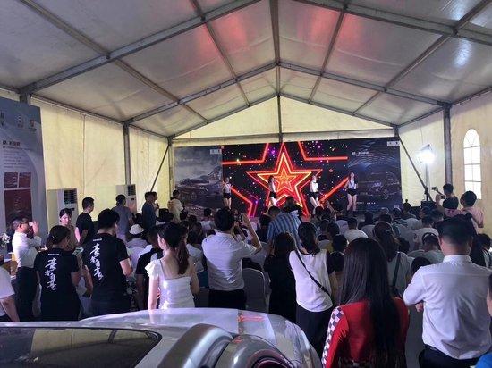 """""""驭巅峰•鉴豪华"""" 上汽荣威RX8巅峰试驾体验营火爆开启!"""