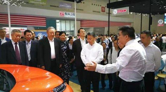 2018年中国(武汉)国际新能源•智能汽车发展与合作峰会圆满收官