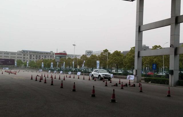 长安CS95场地试驾暨武汉上市会 激情上演