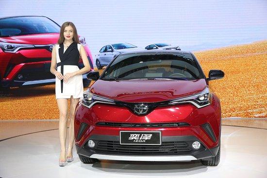 武汉国际车展,最吸引眼球车模汇集