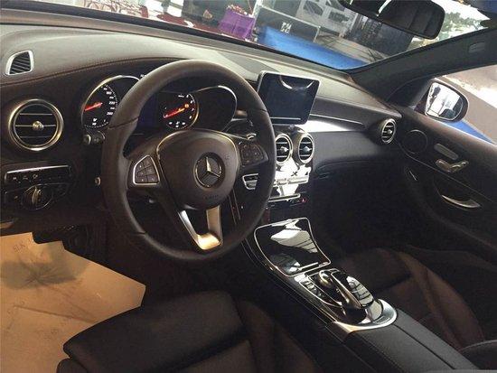 雄 梅赛德斯 奔驰GLC SUV上市盛典高清图片