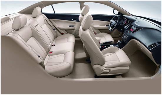 驾控优配置高 奔腾B50打造越级高品质