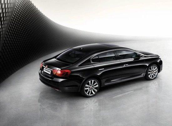 上汽荣威950 1.8T车型上市 售17.98万元起