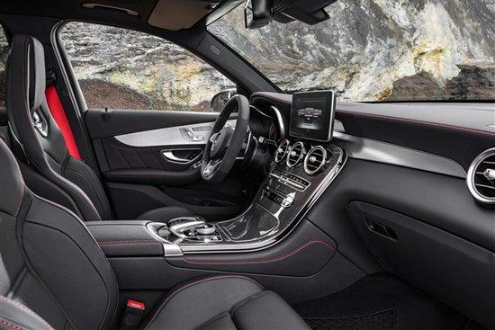 奔驰GLC43 AMG发布 搭3.0T/5秒内破百