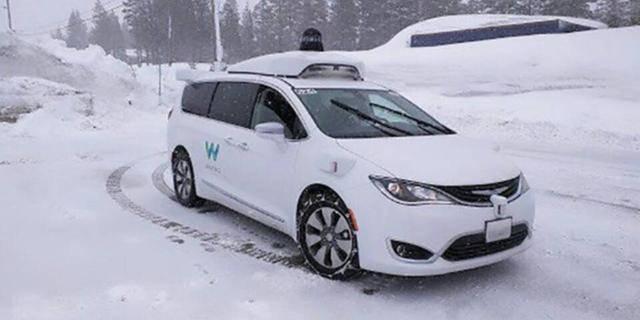 "Waymo自动驾驶汽车向""雪地""发起挑战 展开测试"
