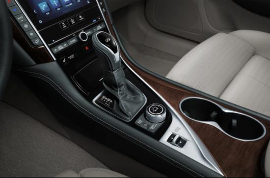 英菲尼迪新Q50L上市 售价26.98万元起