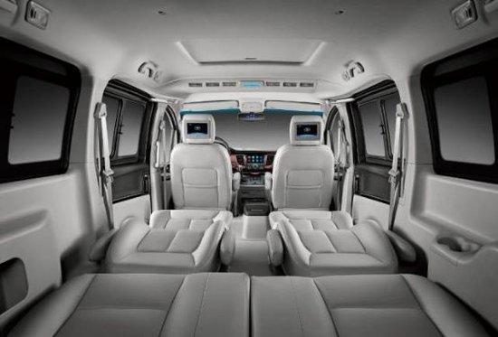 1个空间7重舒适 第二代瑞风M5豪情升级