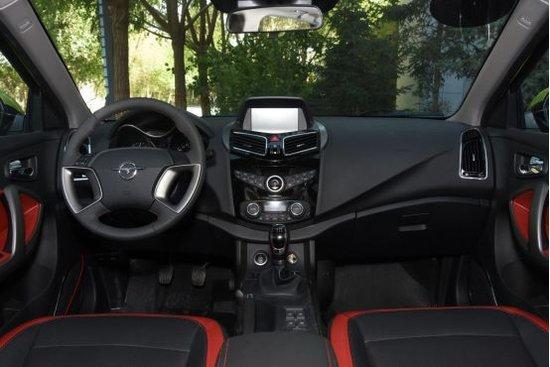 领先新智驱 海马S5引领SUV智驾潮流