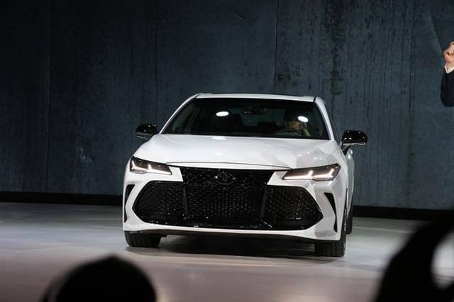 全新旗舰车型 丰田亚洲龙Avalon车展亮相