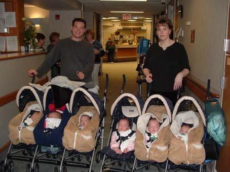 家有六胞胎,快乐的烦恼(图) - 单身男女 - 快乐的中年单身男女