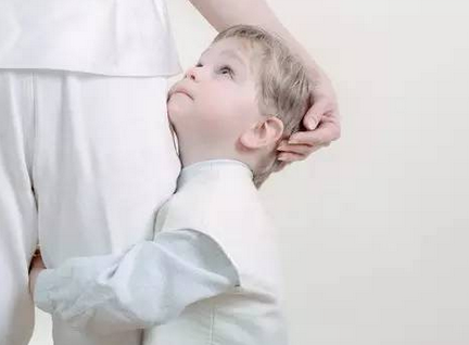 孩子性格胆小软弱怎么办?