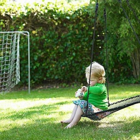 玩土的孩子不容易患皮肤病