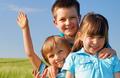 勿轻视 孩子啃指甲当心变肠炎