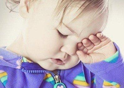 父母如何正确应对小儿发烧