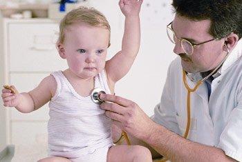病菌容易繁殖,加上儿童呼吸器官尚未发育成熟,易