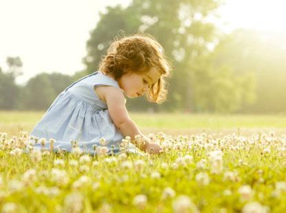 用自然疗法应对孩子夏季小恙