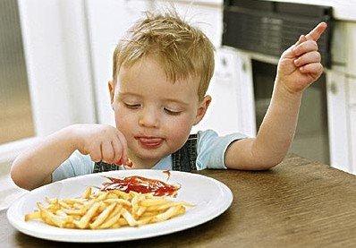 幼儿期宝宝应摆脱高脂食物