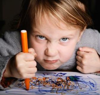 父母如何教孩子管理负面情绪?